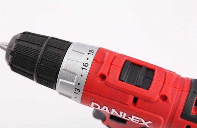 همکاری در فروش ابزار 118 پیچ گوشتی شارژی دنلکس1